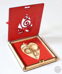 Czerwone pudełko na obrączki ślubne ślub wesele tacka drewniane