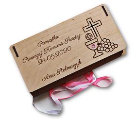 Drewniane pudełko komunijne na pieniądze życzenia PIERWSZA KOMUNIA ŚWIĘTA etui koperta grawer