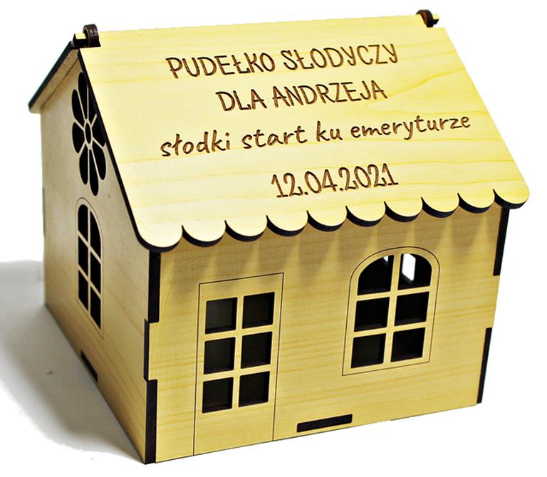 EMERYTURA prezent DOMEK SŁODYCZE pudełko życzenia upominek na emeryturę dla kolegi z pracy koleżanki (1)
