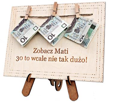 RAMKA na okrągłe urodziny 18 20 30 40 50 60 70 PREZENT banknoty wiszące życzenia tabliczka śmieszny życzenia